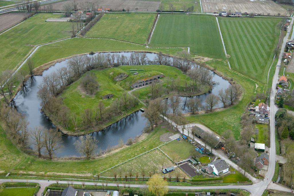 Luchtfoto Fort bij Giessen